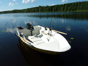 Our sturdy fishing boats for cottage renters are equipped with a 6 hp and 8 hp Mercury outboard engines - Fishing Cottage Jokiniemi on Lake Saimaa